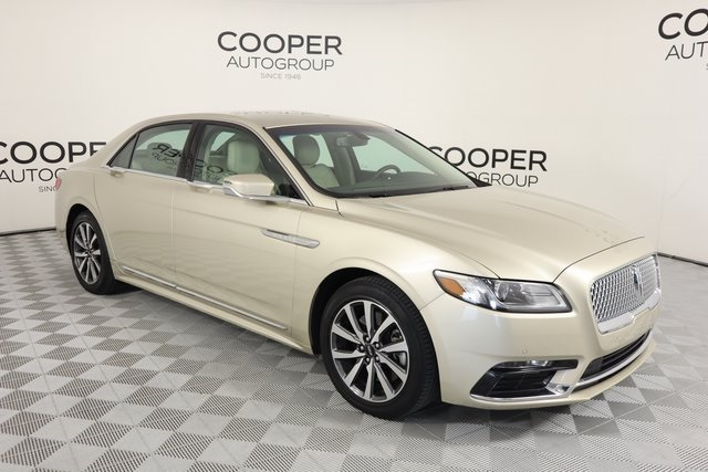Certified Pre-Owned 2017 Lincoln Continental Premiere