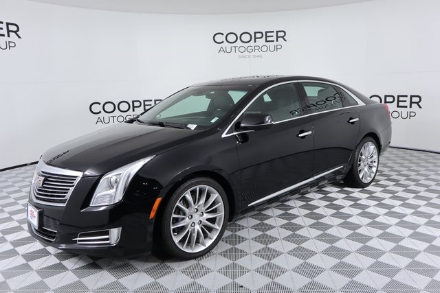 Pre-Owned 2016 Cadillac XTS Platinum